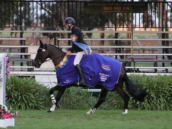 Victory lap for Sam Jeffree and Fiona Mitchell's Woodmount Lolita at Melbourne International 3 Day Event in the CCI**L class!