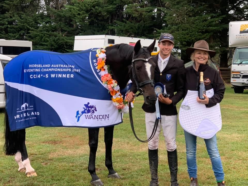 Australian National Champions for 2021 — Sam Jeffree and Fiona Mitchell's Woodmount Lolita.
